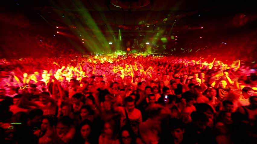Essay/Term paper: Social problems with raves and ecstacy