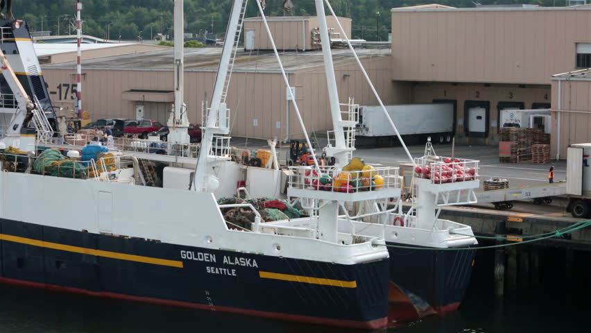 Commercial fish processing dock in homer alaska in for Fishing boats seattle