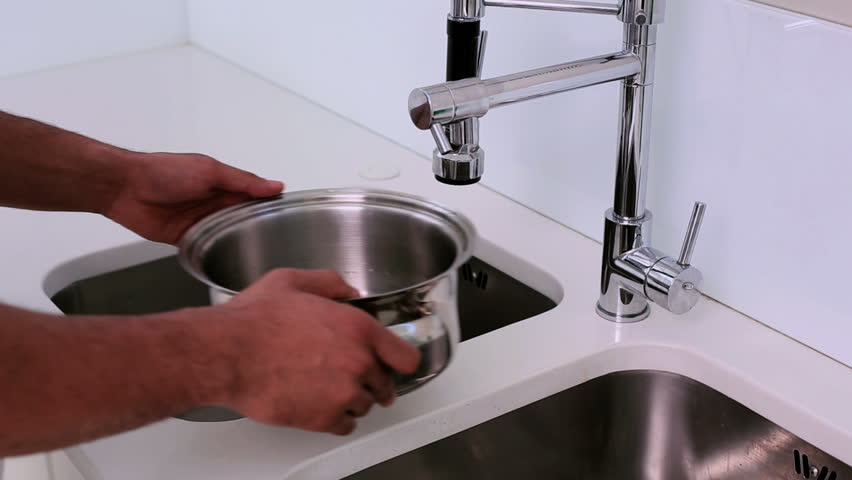 Apartment Kitchen Sink Filling Up With Water