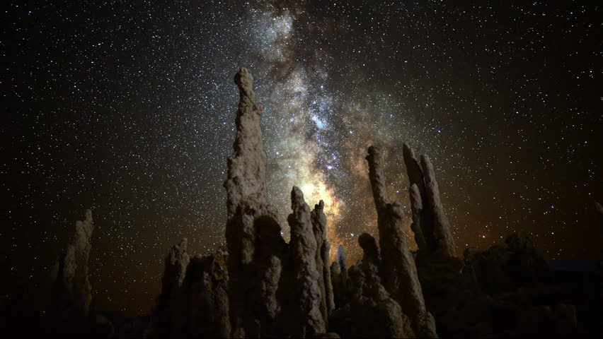 4K Astro Time Lapse of Milky Way & Tufa Formation in Mono Lake -Tilt Up-