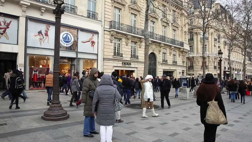 Paris france circa dec 2014 people walking in the for Famous public places