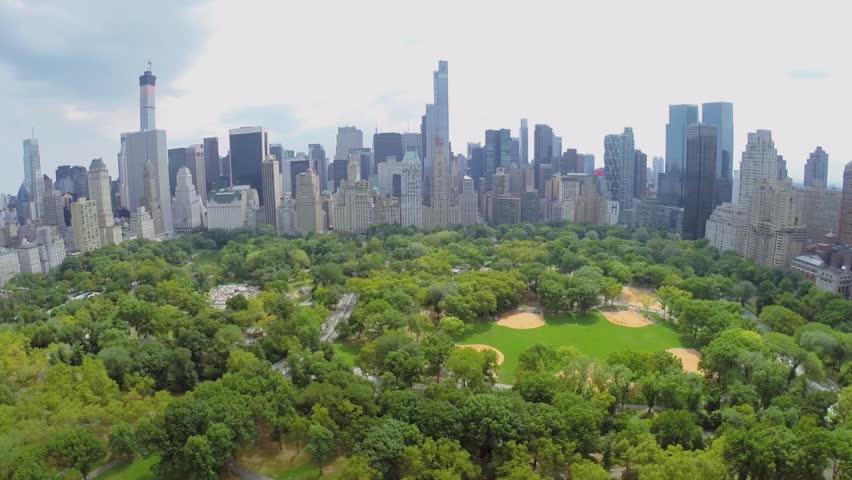 New York Aug 21 2014 Heckscher Ballfields And Victorian Gardens In Central Park At Summer